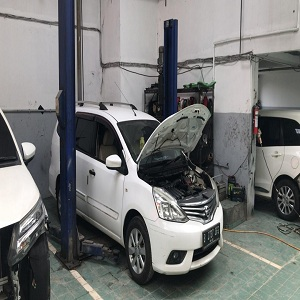 Liefs Auto Body Repair